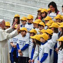 Popiežius: nepaverskime Kalėdų madingu renginiu