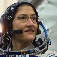 Pirmą kartą atvirame kosmose dirbs vien tik moterys