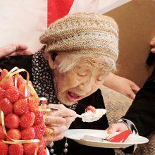 Rekordas: Japonijoje gyvena daugiau kaip 70 tūkst. šimtamečių