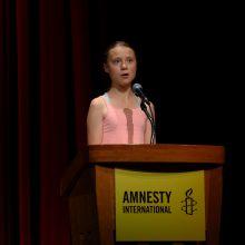 """Aktyvistė G. Thunberg gavo """"Amnesty International"""" aukščiausią apdovanojimą"""