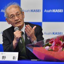Nobelio chemijos premija atiteko trims ličio jonų baterijų kūrėjams