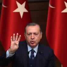 """R. T. Erdoganas ragina NATO suteikti Turkijai """"konkrečios paramos"""" dėl Sirijos"""