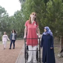 Aukščiausia pasaulio moteris – 24-erių turkė