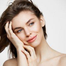 Vaistininkė pataria, kaip per karantiną pasirūpinti savo grožiu