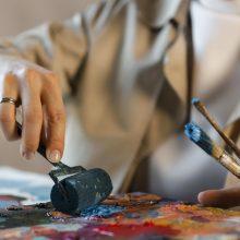 Meno kūrėjams už prastovas papildomai skirta 1 mln. eurų