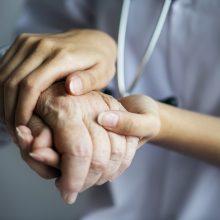 Ligoninėse dėl COVID-19 gydomi 245 žmonės, 21 iš jų – reanimacijoje