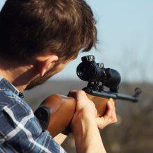 KT: prievolė priimti narius į medžiotojų klubą prieštarauja Konstitucijai