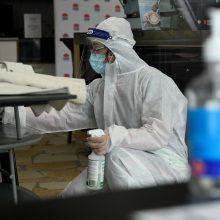Naujausia koronaviruso statistika: COVID-19 diagnozę išgirdo 2235 žmonės, mirė dar 16 asmenų