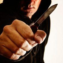 Šiauliuose ir Kėdainių rajone peiliu sužaloti du vyrai
