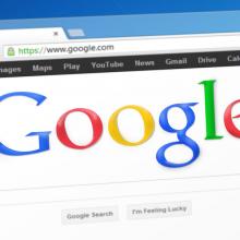 """""""Google"""" iš perimamų žiniasklaidos pranešimų uždirba milijardus"""