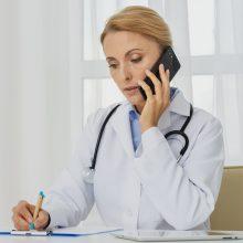 Profesorius apie pacientų konsultavimą telefonu: ateityje bus didelių problemų