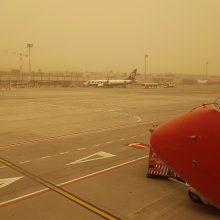 Smėlio audra sutrikdė Kanarų salų oro uostų darbą