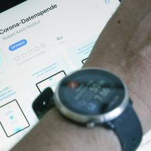 Vokietija pasitelks išmaniuosius laikrodžius ir apyrankes kovoje su koronavirusu