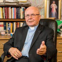 Paskelbė, kada Vatikane bus galima pasveikinti kardinolą S. Tamkevičių