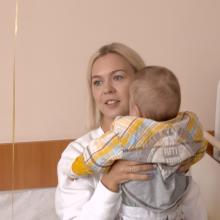 M. Linkytė praleido dieną su sergančiu beglobiu vaiku: savanorystės reikia išmokti