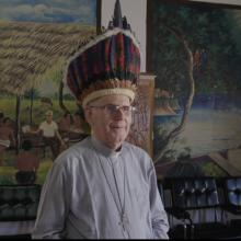 """V. Puidoko dokumentinis filmas """"El Padre Medico"""" atkeliauja į Lietuvos kino teatrus"""