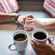 Vaistininkai: kavą gerti sveika, tačiau ne daugiau nei tris puodelius per dieną