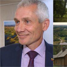 Supykdė Seimo nario R. Martinėlio veiksmai: iškirto medžius, mišką apsijuosė tvora