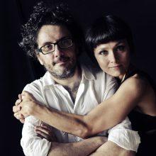 """Teatro aikštėje koncertuos charizmatiškasis """"Musica Nuda"""" duetas iš Italijos"""