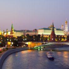 Maskva smerkia naujas JAV sankcijas Rusijai, žada imtis griežto atsako