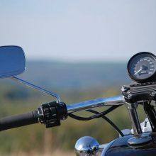 Rukloje – tragiška avarija: žuvo motociklą vairavęs kareivis