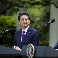 Japonijos premjeras dėl D. Trumpo nominavimo Nobelio taikos premijai nedaugžodžiauja