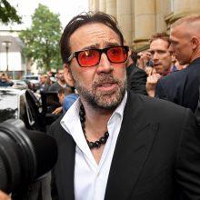 Aktorius N. Cage'as siekia anuliuoti vos keturias dienas trukusią santuoką