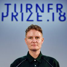 Šiais metais prestižinę Turnerio premiją pelnė menininkė Ch. Prodger