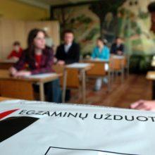 Ekspertė: Vyriausybės sprendimas fiksuoti tikslią egzaminų datą – neatsakingas