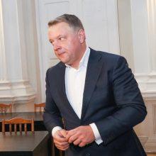 """MG Baltic"" byla: klausimai E. Masiuliui apie maišelį rankose"