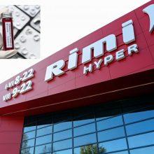 """NVSC: koronavirusas prekybos centro """"Rimi"""" ceche galėjo išplisti iš bendrabučio"""
