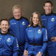 """""""Žvaigždžių kelio"""" aktorius W. Shatneris sėkmingai pabuvojo kosmose su """"Blue Origin"""""""