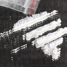 Į areštinę uždaryta narkotikų turėjusi vairuotoja