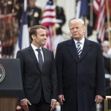 E. Macronas praneša apie susitikimus su D. Trumpu ir H. Rouhani