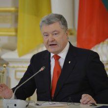 Porošenka prašo metropolito Onufrijaus padėti išlaisvinti Rusijoje laikomus jūreivius