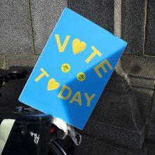 ES piliečiai skundžiasi negalintys JK atiduoti savo balso EP rinkimuose