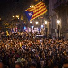 Madridas: Katalonijoje per protestus sužeista beveik 300 policininkų