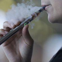 JAV toliau daugėja mirčių, siejamų su elektroninių cigarečių rūkymu