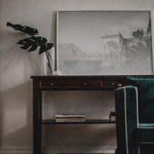 Ypatingą namų dvasią kuria senos plytos ir sutrūkinėjusios lubos