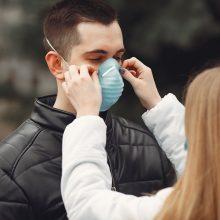 Lietuvos gyventojai stiprina savo apsaugą nuo virusų: vis dažniau renkasi respiratorius