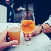 Tyrimai atskleidė, kiek alkoholio per metus išgeria vienas pasaulio žmogus