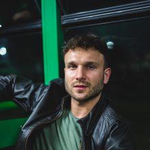 V. Baumila pristato naują dainą ir vaizdo klipą: kvies į romantišką kelionę