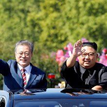 Pietų Korėjos prezidentas sako esąs pasirengęs ketvirtam susitikimui su Kim Jong Unu