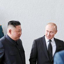 """Šiaurės Korėjos lyderis V. Putinui: JAV per susitikimą Hanojuje """"veikė nesąžiningai"""""""