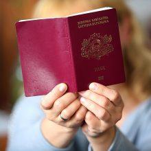"""Latvijoje nuo kitų metų naujagimiams nebebus suteikiamas """"nepiliečių"""" statusas"""