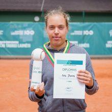 Tenisininkė I. Dapkutė Estijoje laimėjo trijų valandų trilerį
