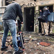Serialo filmavimas pasėjo paniką: per kameras pastebėjo grėsmingai atrodančius žmones