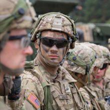 Ateities kariuomenė: sieks, kad kariai ginklus valdytų mintimis