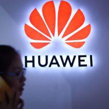 """Naujausi """"Huawei"""" flagmanai neturės """"Google"""" programėlių"""
