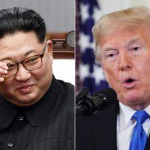 """Kim Jong-unas """"ypač džiaugiasi"""" D. Trumpo laišku"""